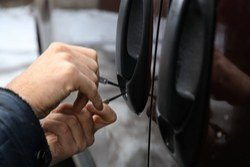 Automobile locksmith near me