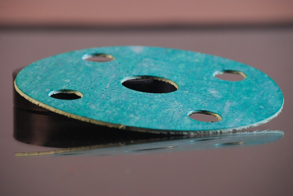 do paper gaskets need sealant